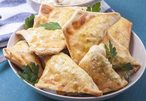 Memories Of India Durham crispy freshly made samosas with traditional accompaniments