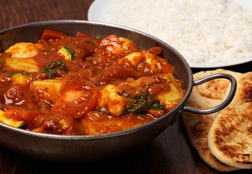 Rannaghor London chicken balti with naan bread