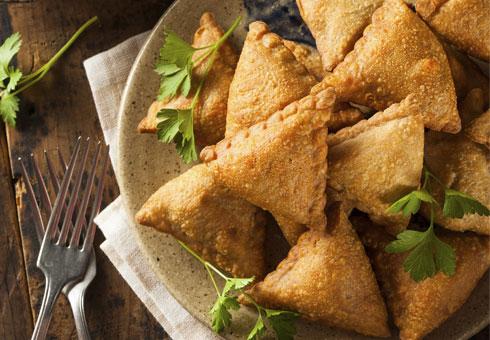 Chilli Tandoori, Newham, samosas