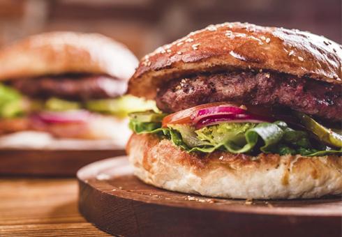 Burgers at Flash In The Pan, Lye